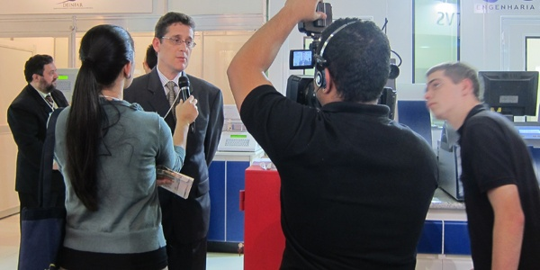 Professor Humberto Ferroz Interviewed for Television Discussing Caleva Equipment at University of Sao Paulo