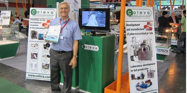 Steve Robinson on the stand with Absolute Packaging Thailand at Propak Asia 2013